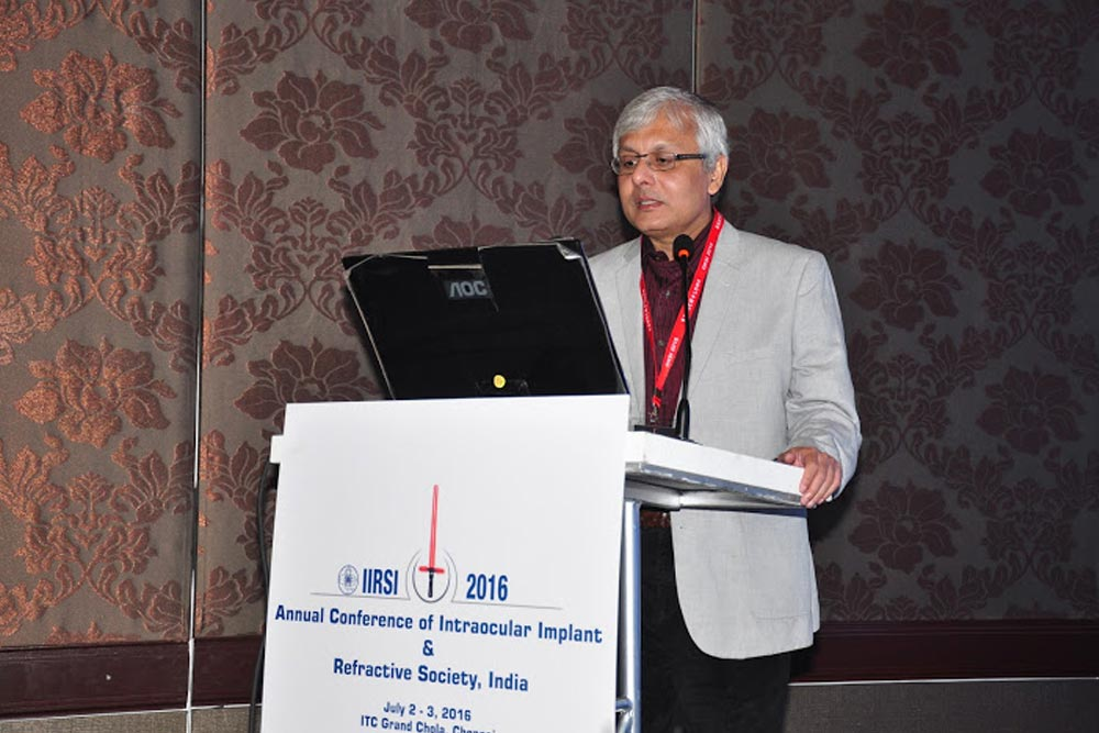 Dr Somdutt Prasad Speaking at the IIRSI 2016 Event